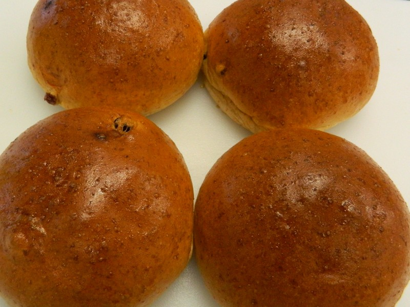 Spelt Brioche and Dry Fruits